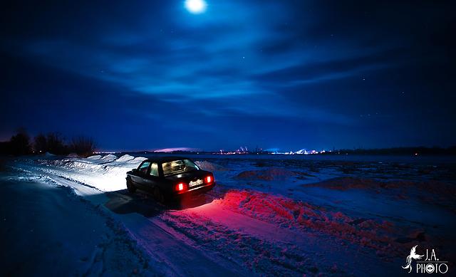 BMW-320i-1-